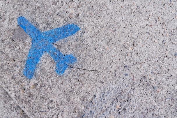 Plane on sand:Cooper